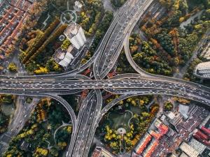 carretera visto desde un drone