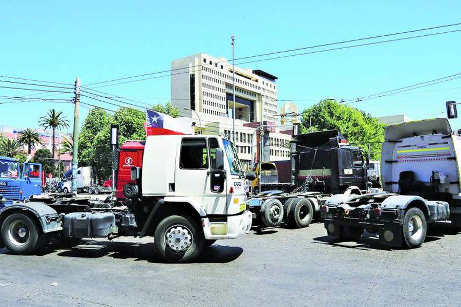 gremio-camioneros-cadena-abastecimiento