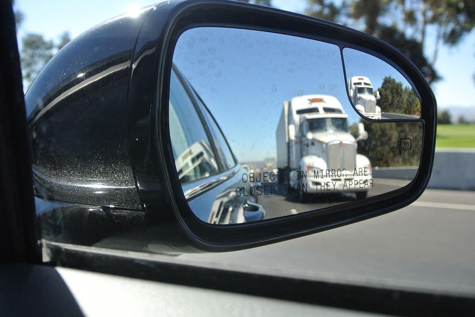 conductores-malas-prácticas-en-conducción-centralgps
